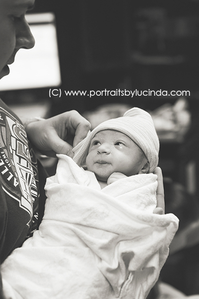 kansas city birth photographer, overland park, olathe, leawood, Olathe medical center, Best Birth Photographer, International Association of Birth Photography Member, Professional birth photographer, babies first year photographer, baby photographer, newborn photographer