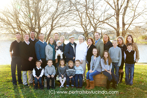 Extended Family Portrait Photographer Kansas City Overland Park Leawood Olathe