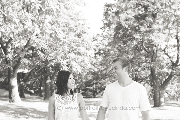 best wedding photographer in kansas city, overland park, olathe, engagement photographer, e session photographer, portraits by lucinda, proposal photographer